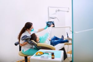 Kids-Orthodontist-Examination