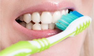 brush your teeth regularly to prevent bad breath